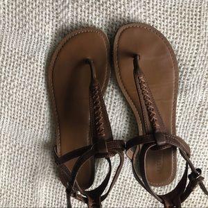 Aeropostale sandals size 7/8